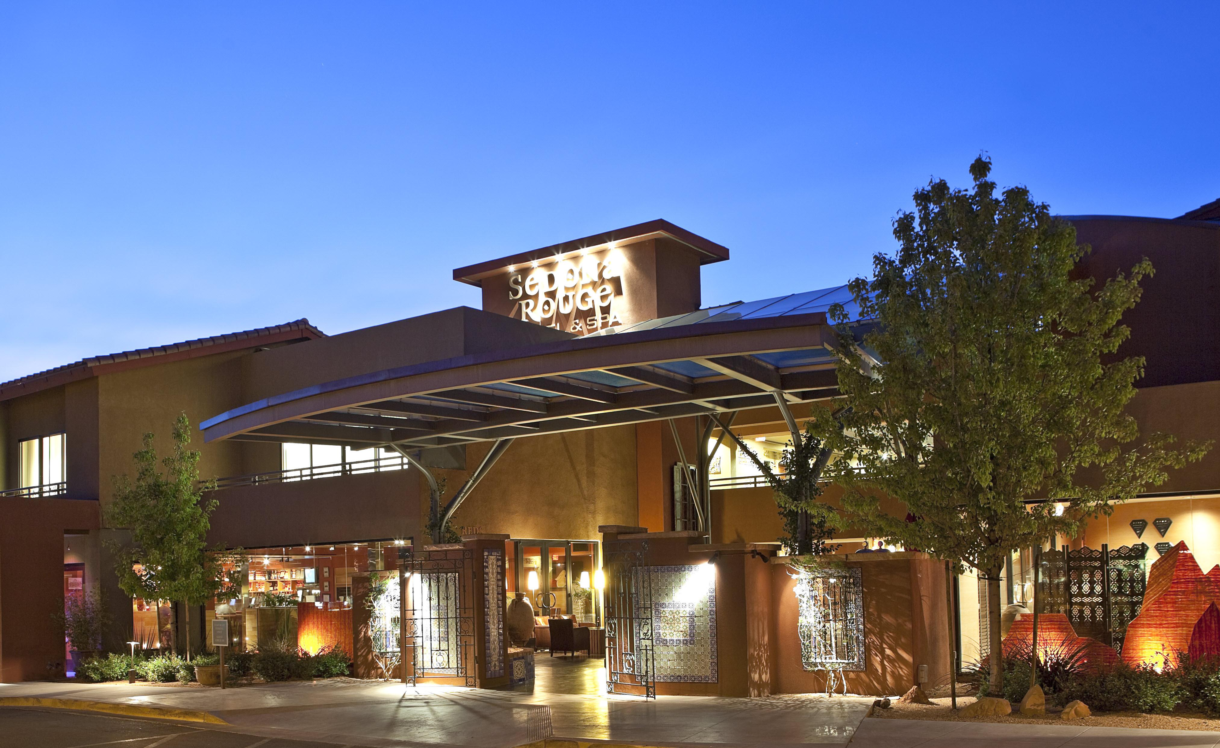 Image of the front of Sedona Rouge Hotel & Spa